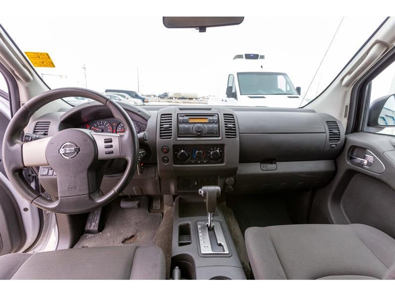 Nissan Camionnette 24