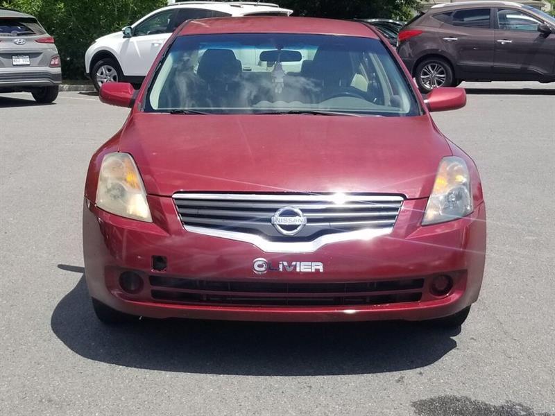 Nissan Altima 2