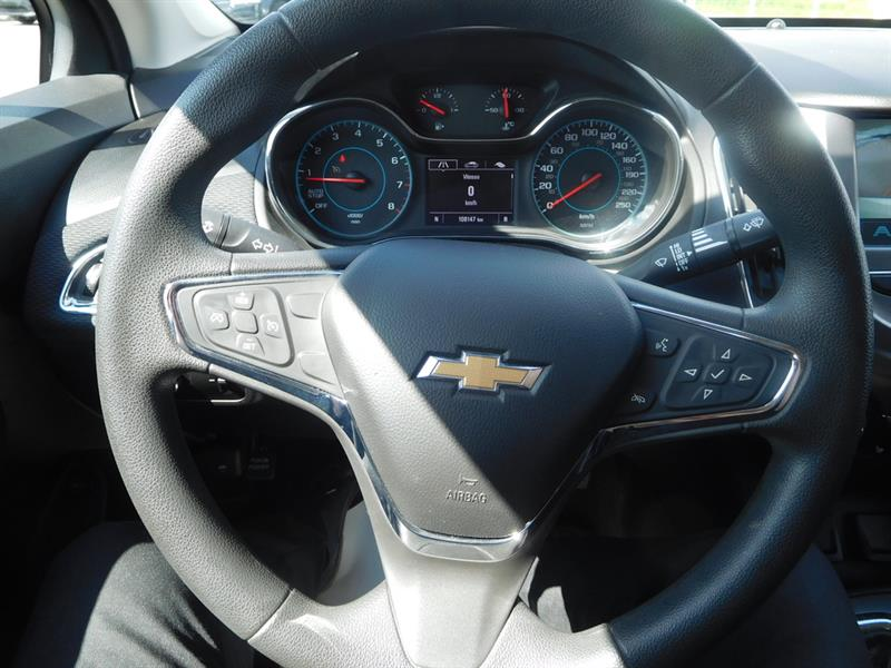 Chevrolet Cruze 24