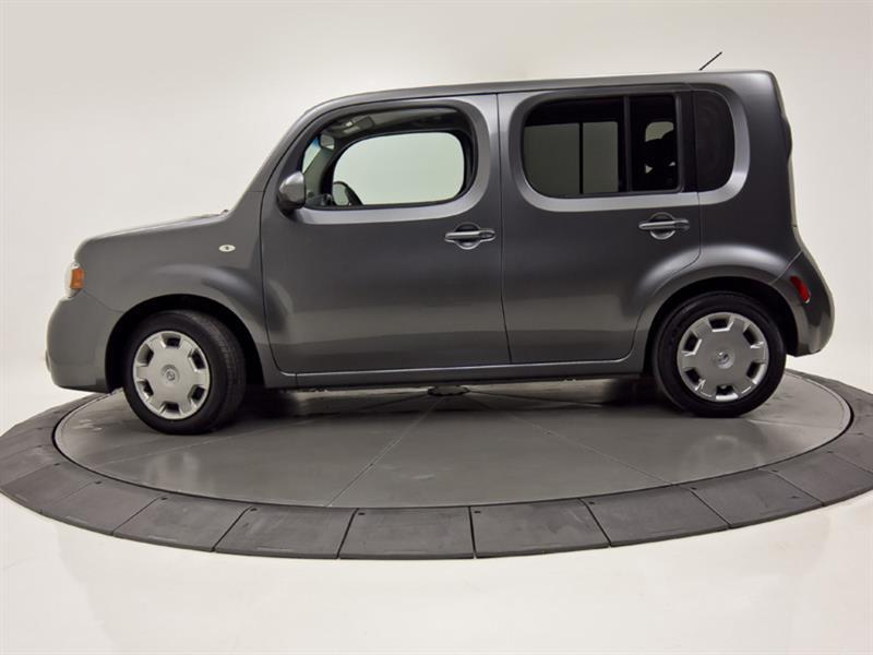 Nissan Cutaway 2