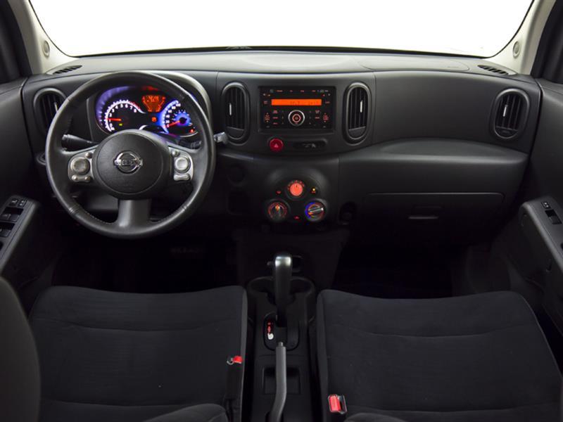 Nissan Cutaway 21