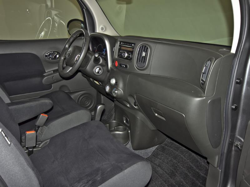 Nissan Cutaway 29