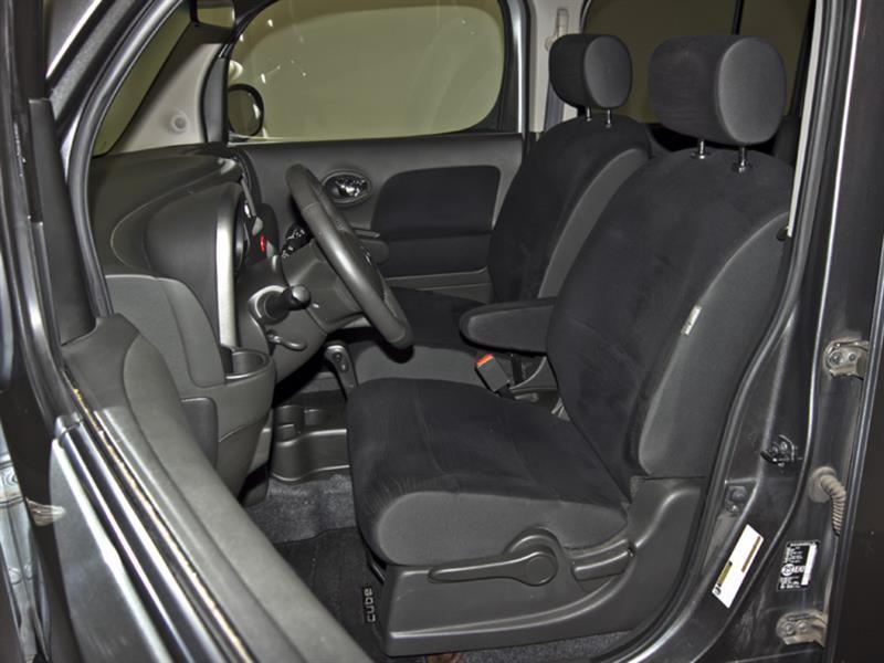 Nissan Cutaway 30