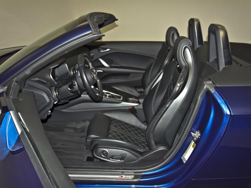 Audi TT 30