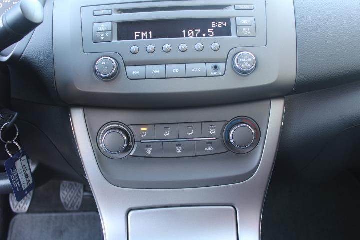 Nissan Sentra 21