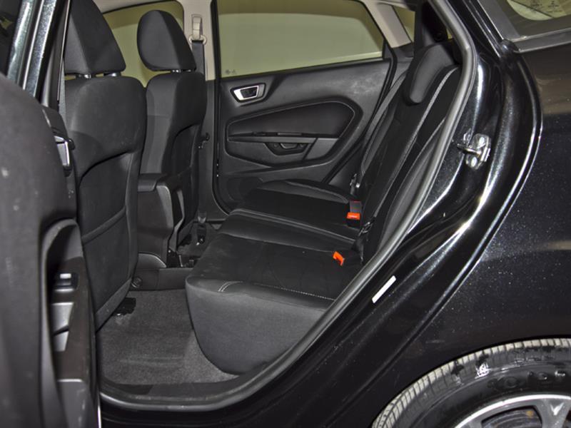 Ford Fiesta 31