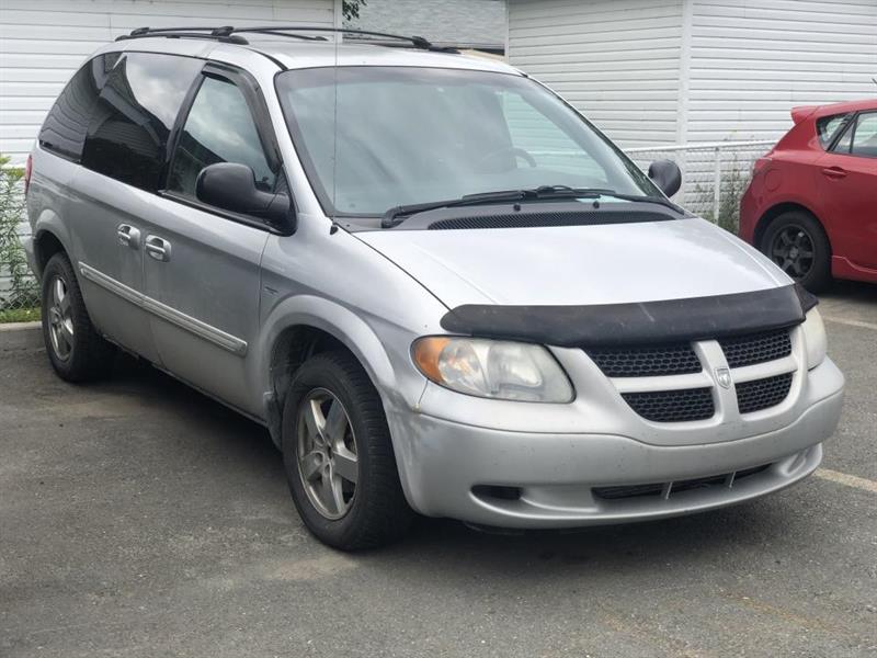 2004 Dodge  Caravan SE 7 PASSAGERS