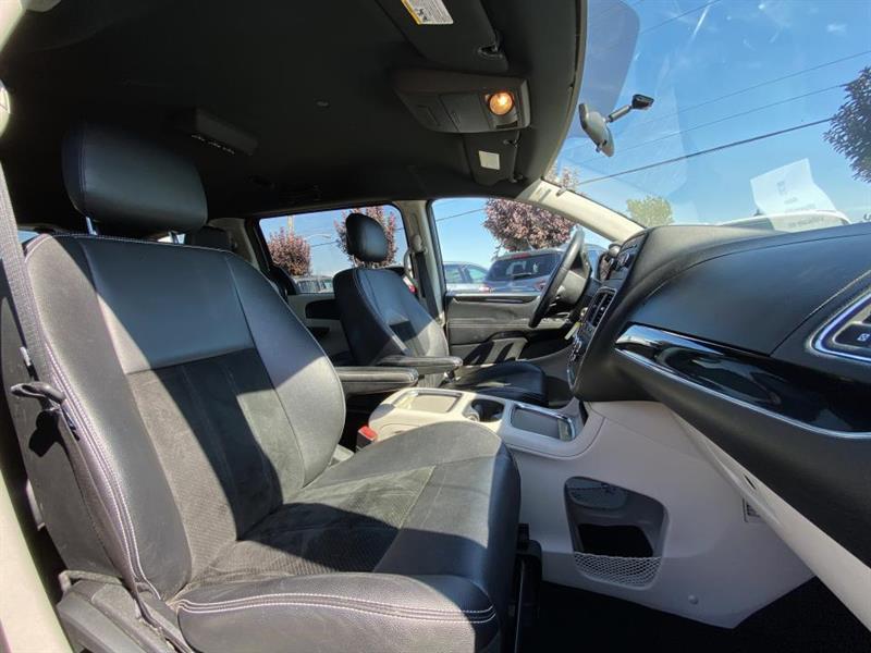 Dodge Caravan 12