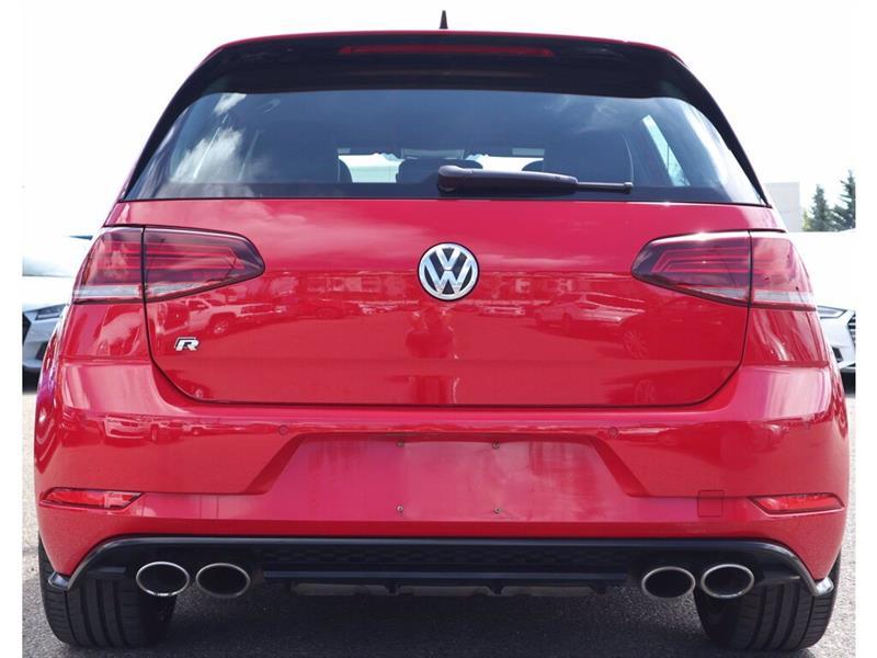 Volkswagen Golf R 25
