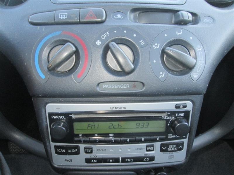 Toyota Echo 17