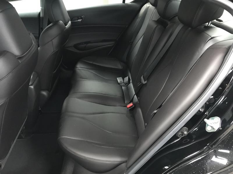 Acura ILX 11