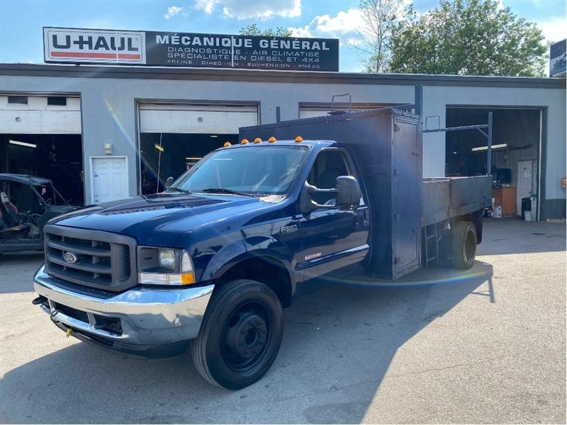 Ford F-550 2