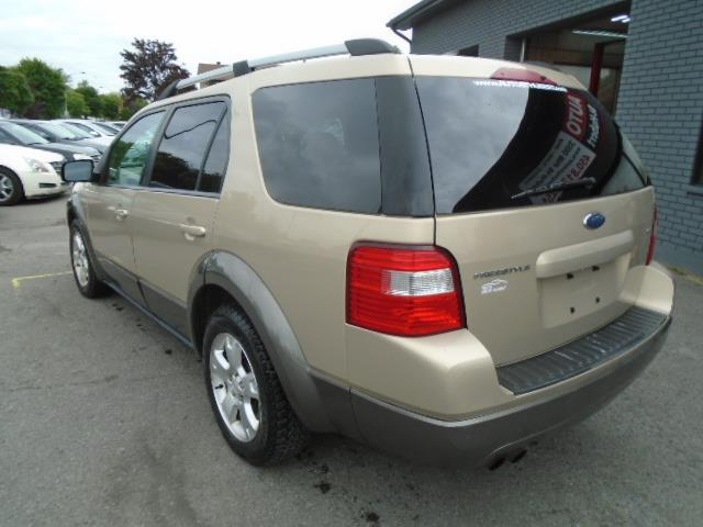 Ford Freestyle 7