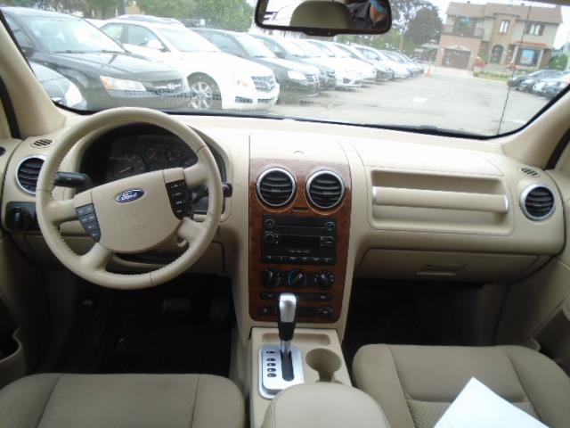 Ford Freestyle 12