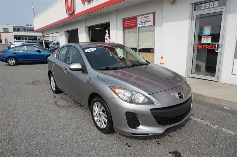 2013 Mazda  Mazda3 GS-SKY BERLINE+VOLANT CUIR+BLU