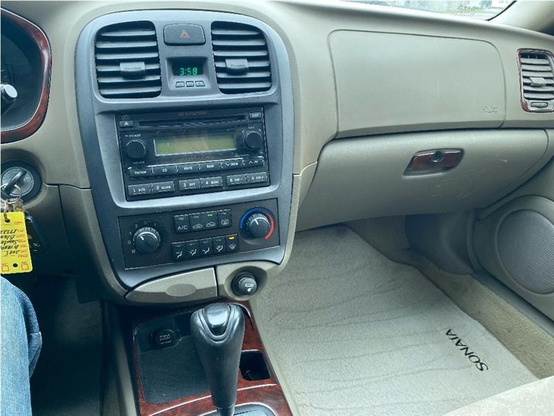 Hyundai Sonata 6