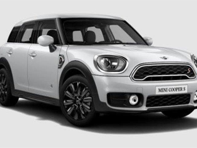 MINI Cooper Countryman 2