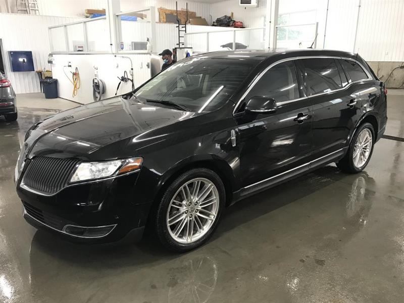 2013 Lincoln  MKT AWD TOIT PANO GPS CUIR STATION