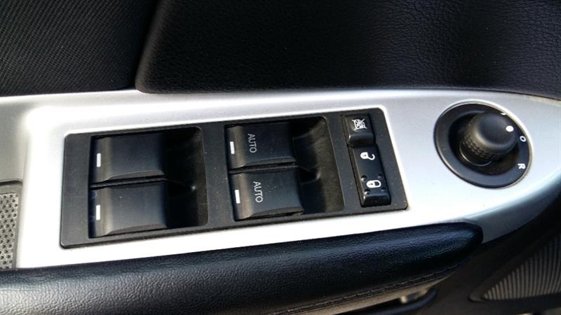 Chrysler 200 26