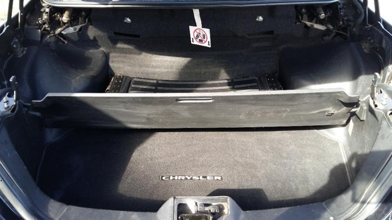 Chrysler 200 28