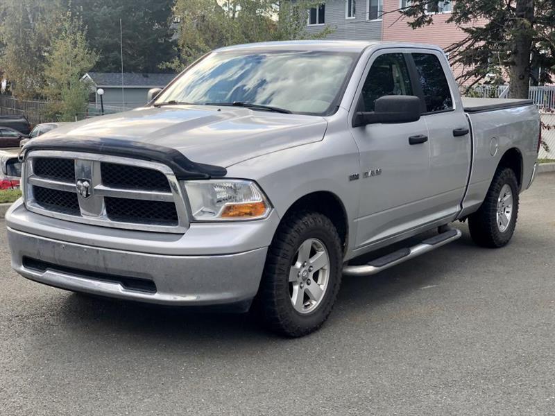 2010 Dodge  Pick-up SLT  QUAD CAB