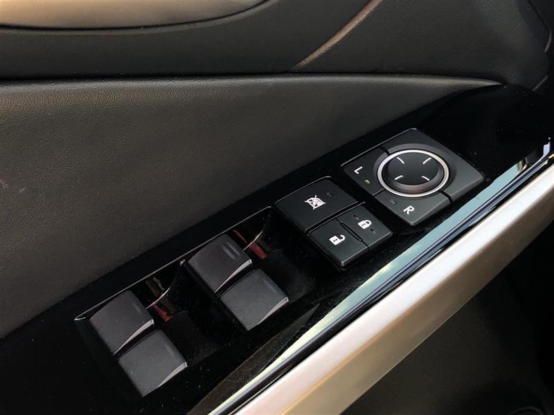 Lexus IS 300 18