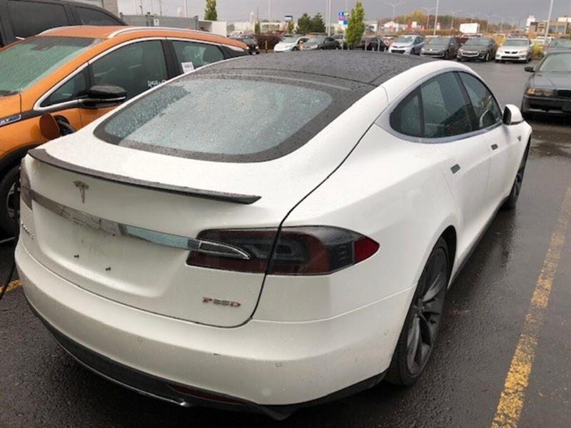 2015 Tesla  Model S P85D -  MAGS 21 POUCES - AUTOP