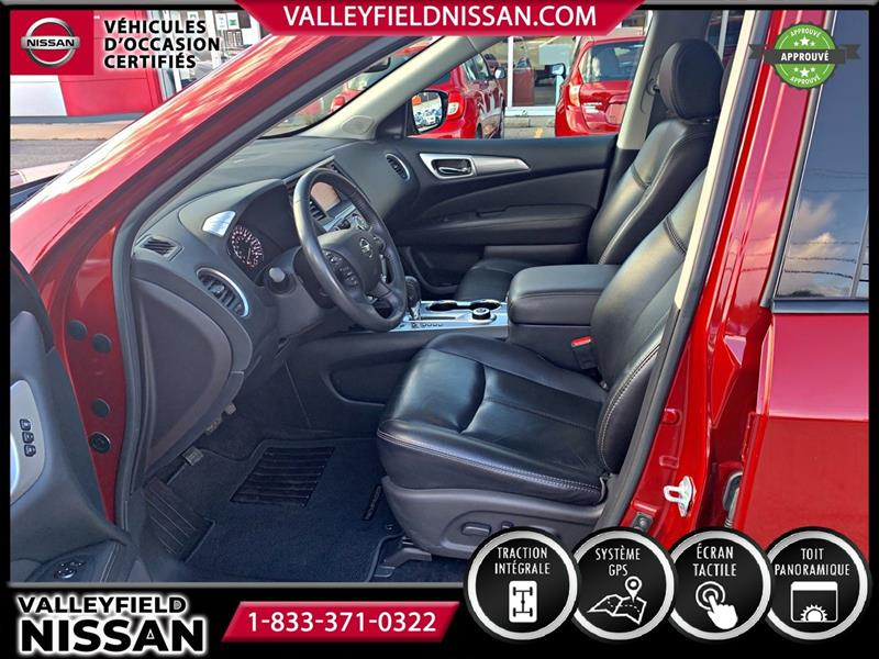 Nissan Pathfinder 16