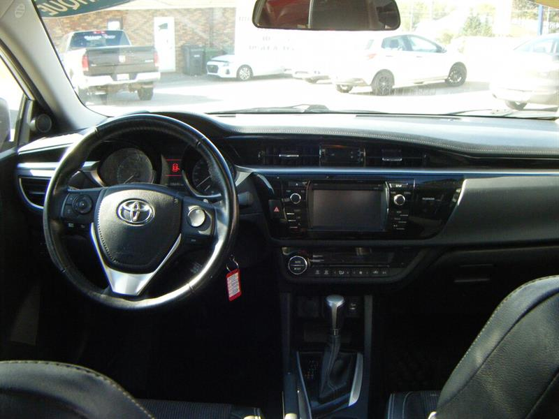 toyota Corolla 2015 - 9
