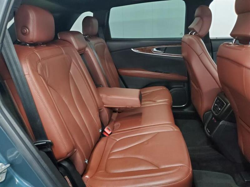 Lincoln MKX 14