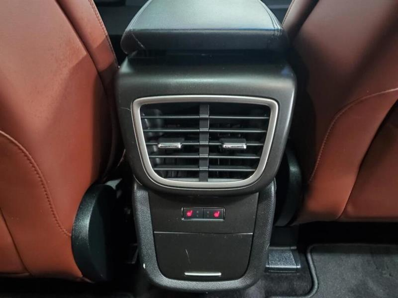 Lincoln MKX 15