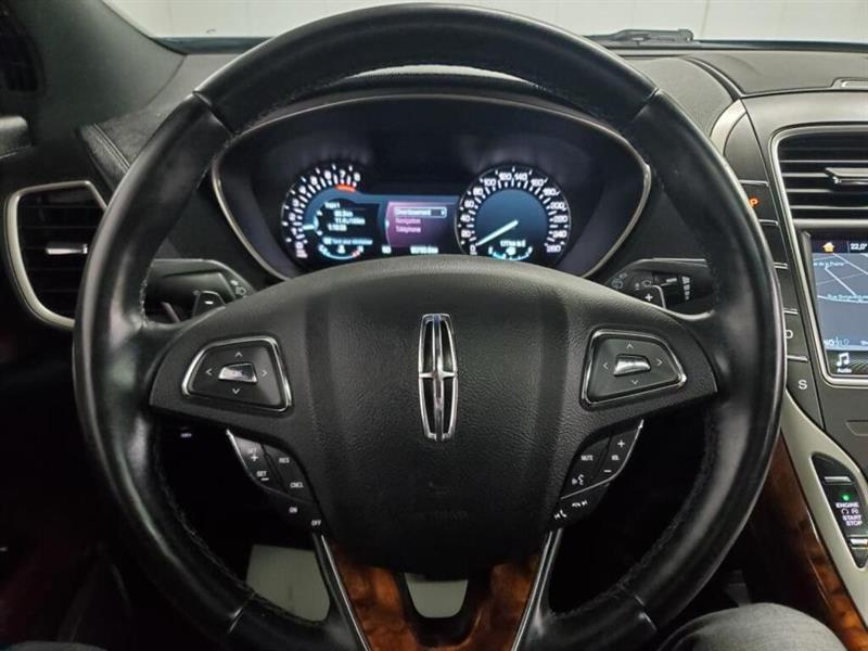 Lincoln MKX 23