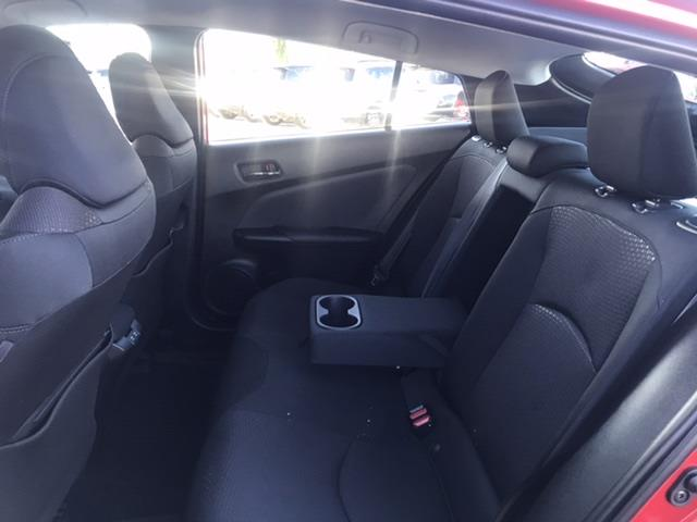 toyota Prius 2019 - 23