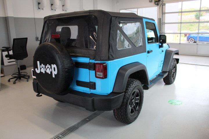 Jeep Wrangler 4
