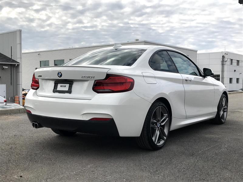 BMW 230 21