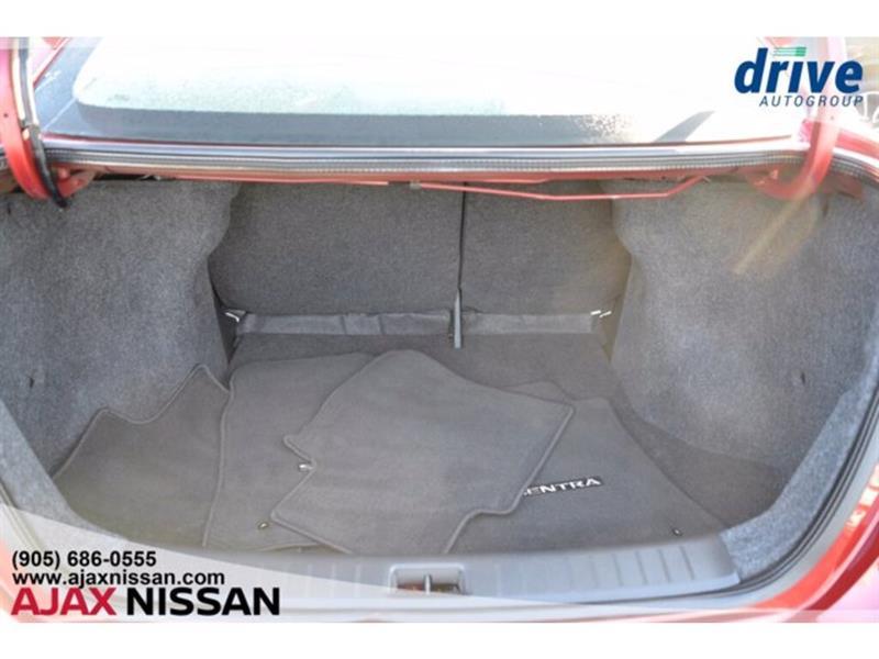 Nissan Sentra 30
