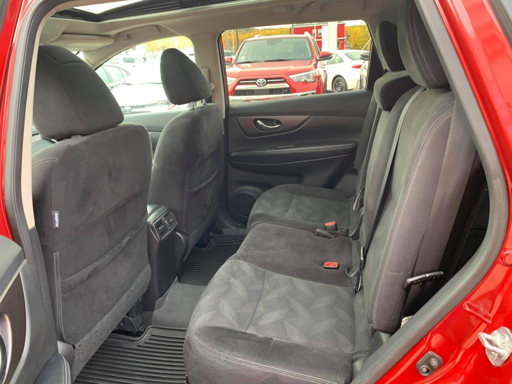 Nissan Rogue 6