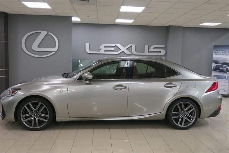 Lexus IS 300 1