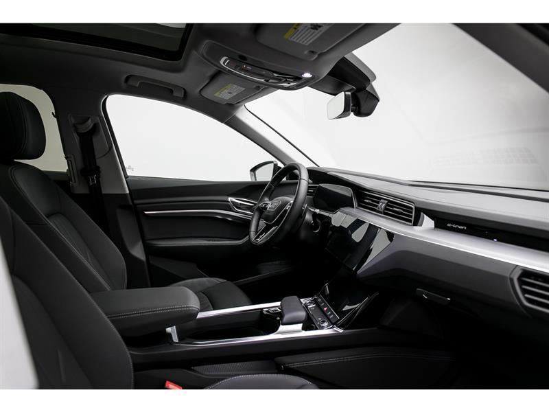 Audi e-tron 30
