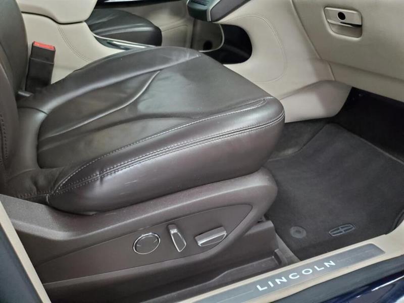 Lincoln MKC 12