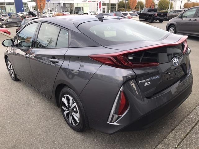 Toyota Prius Prime 7