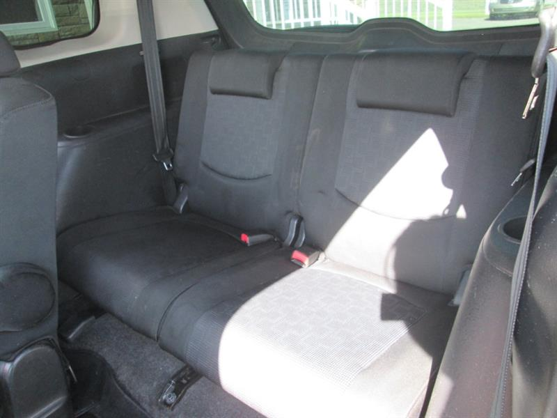 Mazda 5 17