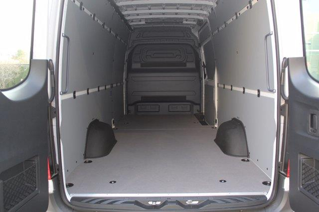 Mercedes-Benz Sprinter Cargo Van 7
