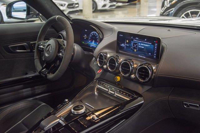 Mercedes-Benz GT 7
