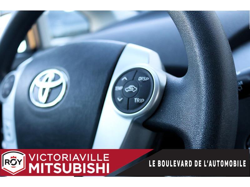 toyota Prius 2014 - 10