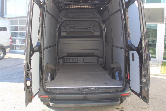 Mercedes-Benz Sprinter Cargo Van 5