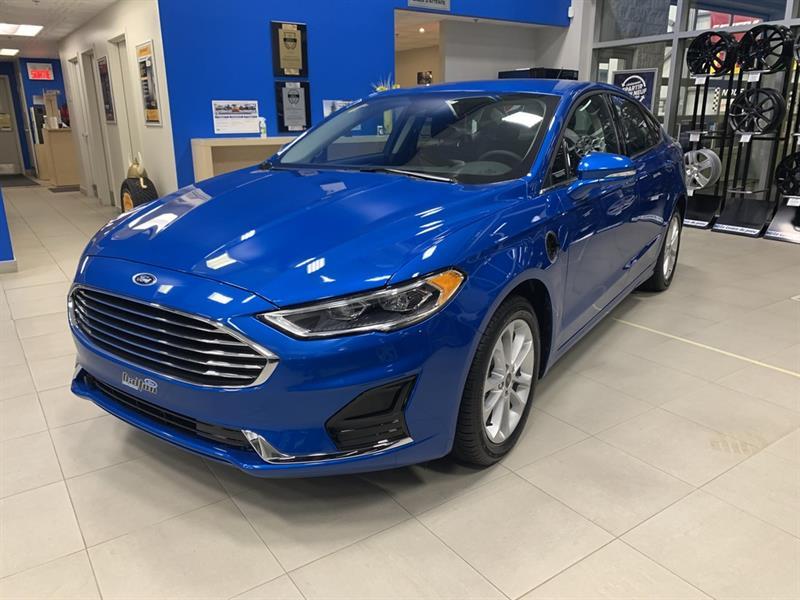 2020 Ford  Fusion Hybride Branchable Démo 12 385