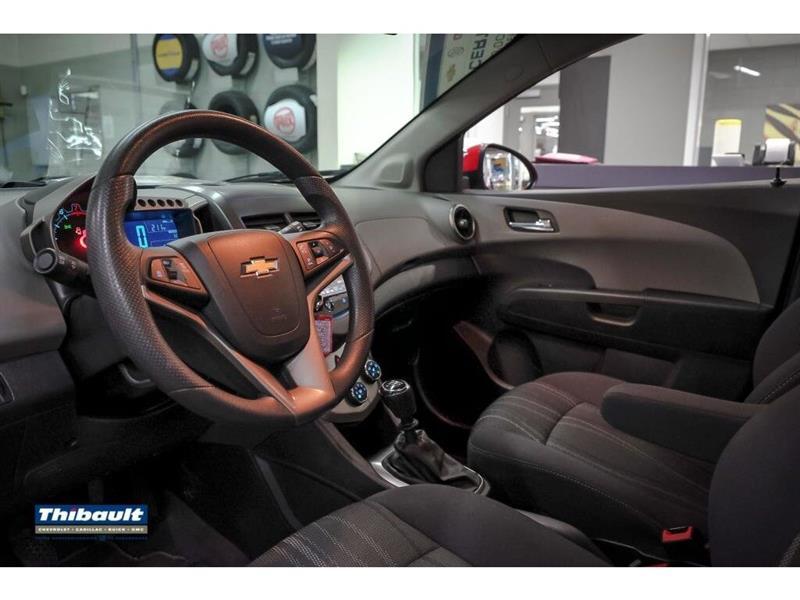 Chevrolet Sonic 11