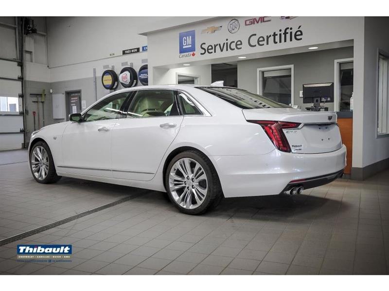 Cadillac CT6 9
