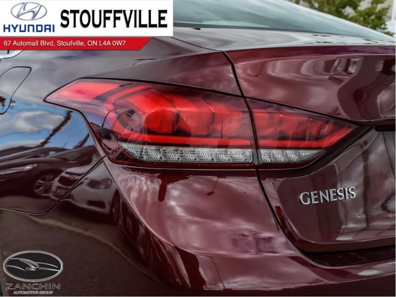 Hyundai Genesis 7